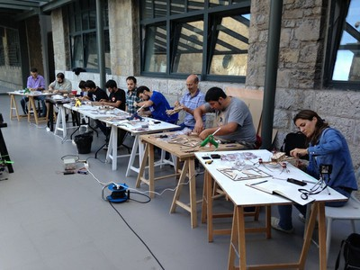 Workshop: building multicopters using digital fabrication and experimental electronics. 3rd. Edition
