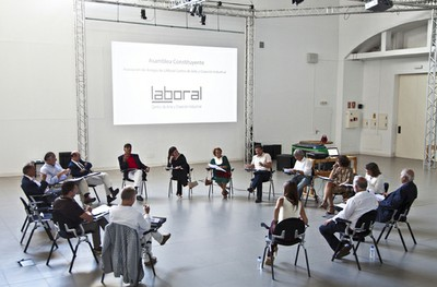 What is Association of Friends of LABoral?