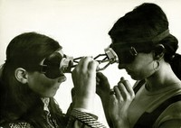 Dialogue: goggles (1968)