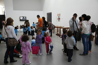 A hundred school children will celebrate World Book Day at LABoral this Monday