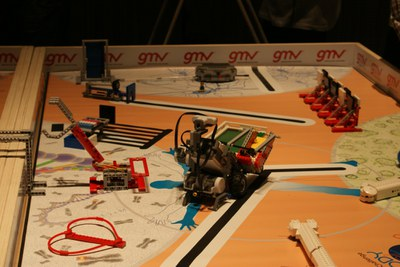 LABoral organises an introductory workshop on robotics for children aged 10 to 14 years old