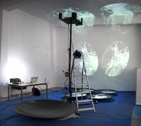 El cine como desbordamiento. Procesos creativos y herramientas de control de video en el espacio