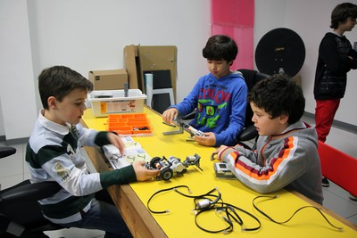 Robotix. Taller de iniciación a la robótica