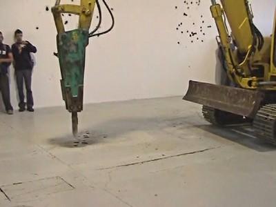 Desbordamientos. Mecanicidad y obsolescencia en el arte y tecnologías actuales