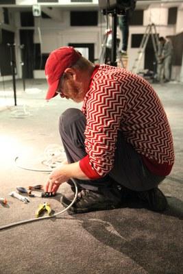 Mark Fell presenta 'No puedo arreglar lo que tú estropeaste', 2014, instalación producida para el LABoratorio de Sonido