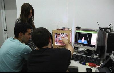 El Mercadillo de verano de LABoral dará la oportunidad de probar la impresora 3D del fabLAB  del Centro de Arte