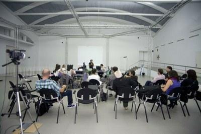 LABoral incorpora a 15 internos de las unidades terapéuticas de Villabona al proyecto TV-LAB, en colaboración con Fundación Adsis