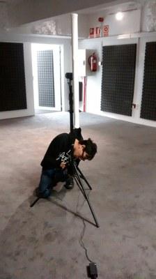 El artista japonés Yuri Suzuki presenta en LABoral  El sonido de las olas, una instalación sonora para el sosiego